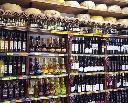 licores vinhos e aguardentes