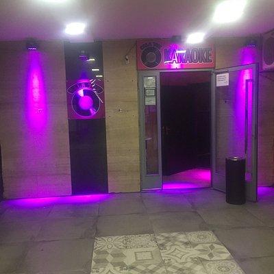 Sala Tuk Karaoke