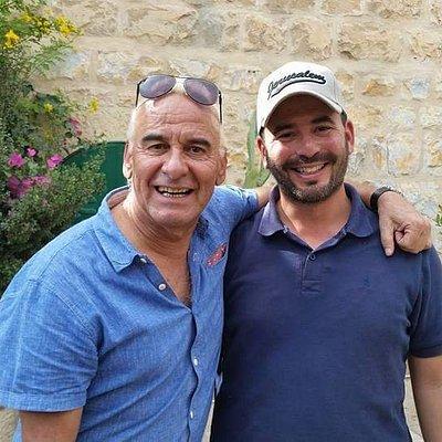 Michel Fugain en Israel avec son guide  francophone David Mansour
