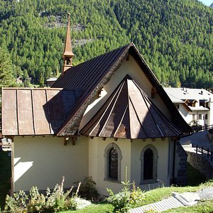 The church from 1870, still closely linked to Zermatt's mountaineering traditions - © unbekannt