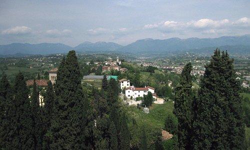 panorama dalla torre (lato opposto alla città)