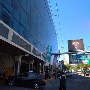 fachada principal wtc mexiquense