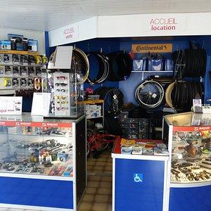 vente tout cycle et accessoires, pièces détachées et réparation vélo