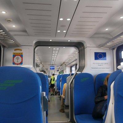 マテーラ行きの列車