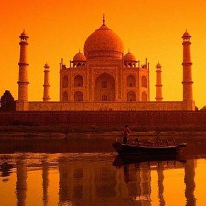 Sunrise view of The Taj Mahal