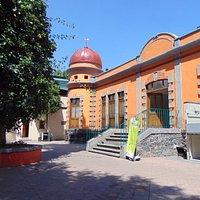 Vista de la entrada principal