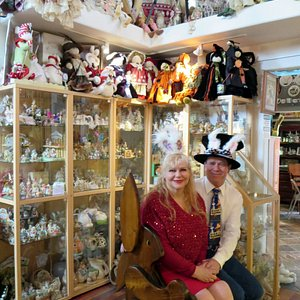 Co-founders of The Bunny Museum, Candace Frazee and Steve Lubanski