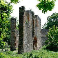 Ruins of Sir Richard Lee's Tudor mansion on site od Sopwell Nunnery (aka Priory)