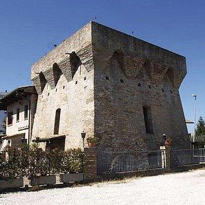 Torre della vibrata = Pizzeria CarloV