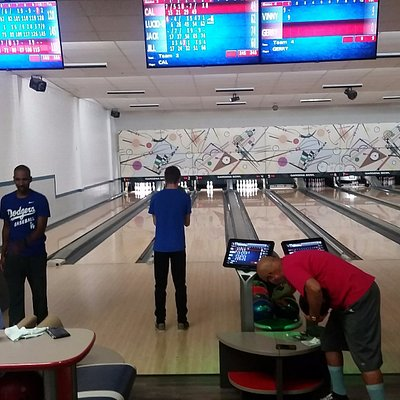 Mid day/mid week bowling at Gardena Bowling Center.  You can see the high tech touchscreens.