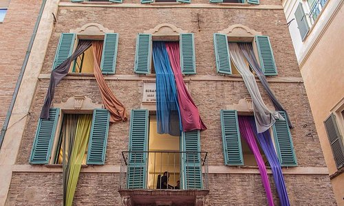 Casa Rossini, facciata