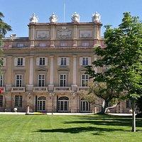 Fachada principal del Palacio de Liria.