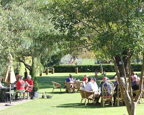 Birdwoods Gallery Gardens