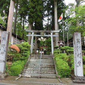 毘沙門堂 熊野神社との神仏習合です