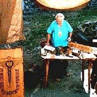 Cerusico all'opera coi suoi strumenti