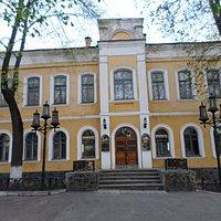 Черниговский молодежный театр.