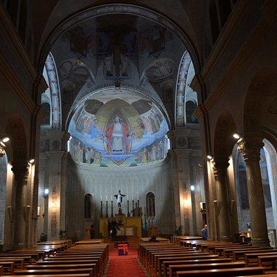 Altar da Parrocchia Cattolica Romana Sacro Cuore