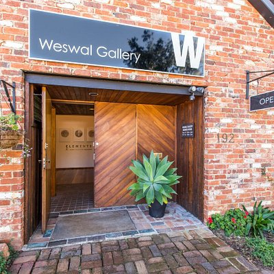 Weswal Gallery - a commercial gallery showcasing local regional and Australian artists.