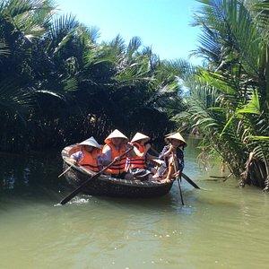 Countryside basket boat