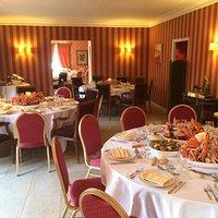 Nos clients séminaires ont le plaisir de déguster des plateaux de fruit de mer de Trouville