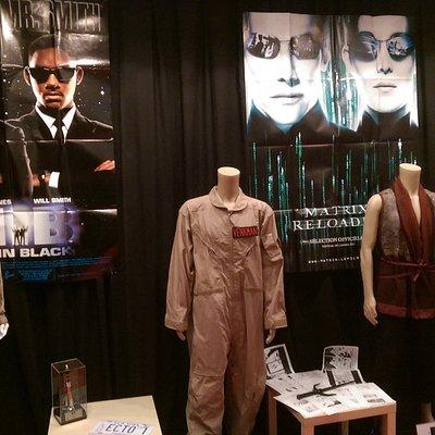 Voici les costumes originaux de MIB, Gostbuster, Matrix et l'armée des 12 singes