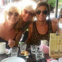 Café con amigas en Lago Di Como 😊