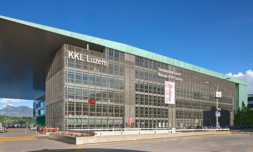 The Kunstmuseum Luzern is located in the 4th floor of the wonderful building by Jean Nouvel