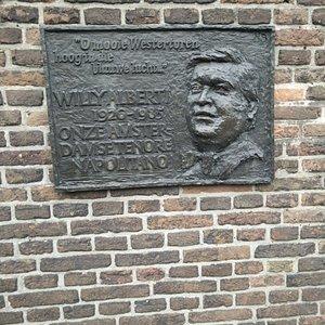 Plaquette Willy Alberti