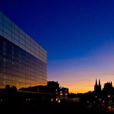 Burgos al atardecer desde el Museo de la Evolución Humana