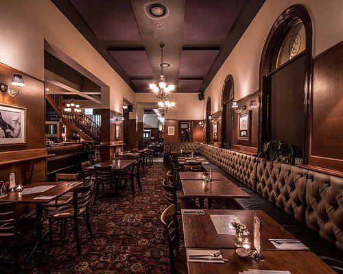 The Doot Bistro - Reservations available for 2 to 40 guests. Phone 9376-7233 to book a table.