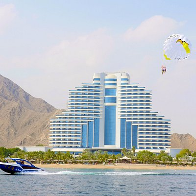 Parasailing with Al Boom Diving at Le Meridien Al Aqah Beach Resort
