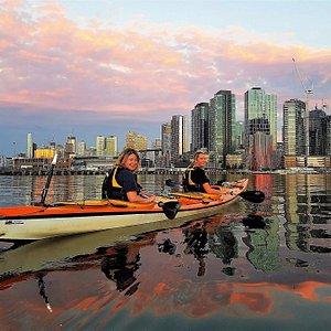 Melbourne Skyline on the Moonlight Kayak Tour