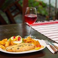 Salau cu sos de lamaie (fish with lemon and capers sauce)