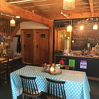 Brew cafe - rural, quirky feel
