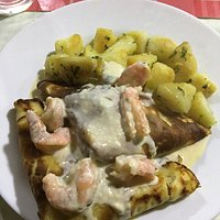 Jaiba Crepes with Shrimp Sauce