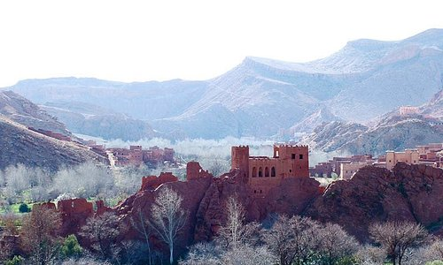 A kasbah or fortified town, in a valley in beautiful SE MOROCCO. A great Textile and Cuisine Tou