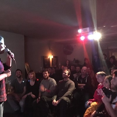 Fun, friendly and free English language stand up comedy show in Berlin on Thursdays. Great activ