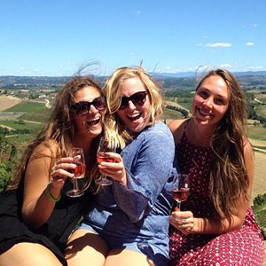 Epic wine tours for 18 -39's