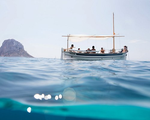 Disfrutar de la experiencia de navegar a bordo de un llaut