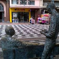 Drummond e Quintana: poesia na praça