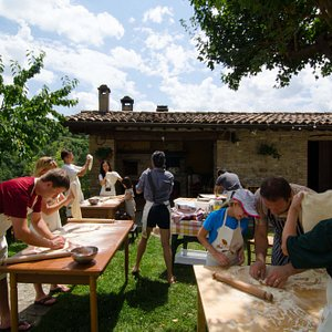 Cooking Class: Pizza made in the Wood Oven