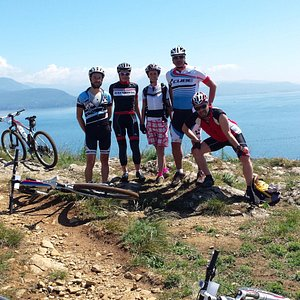Tour in mountain bike/ Mountain bike tours
