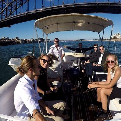 Pontoon boat hire Sydney