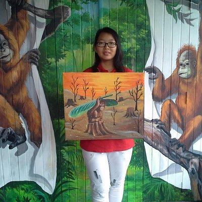 Ferica Talia Tan, donated his artwork for Orangutan Museum.