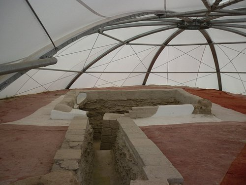 The main grave