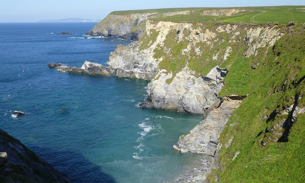 Stunning cliff scenery.