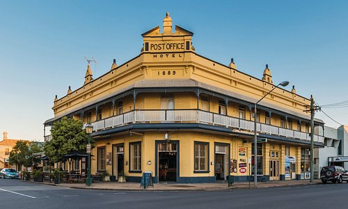 Heritage filled streets of Maryborough.