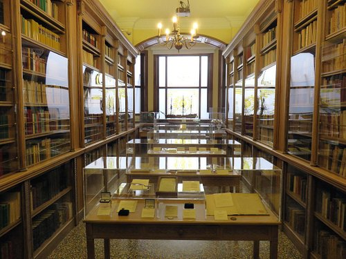 One of several Collection Rooms
