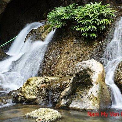 Mo Ga Waterfall