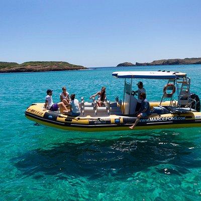 Practicaremos Snorkel en aguas cristalinas.